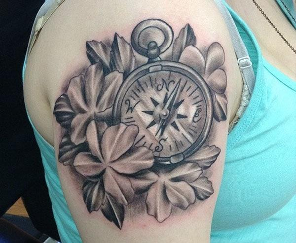 women compass tattoo