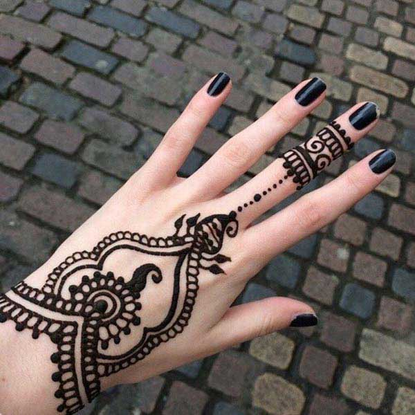 black henna tattoos
