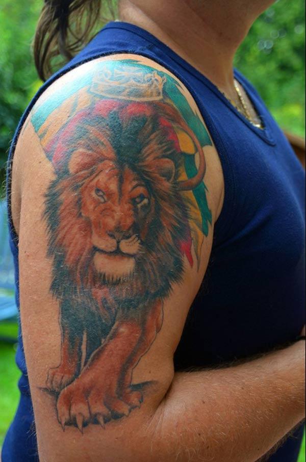 feminine løve tatoveringer
