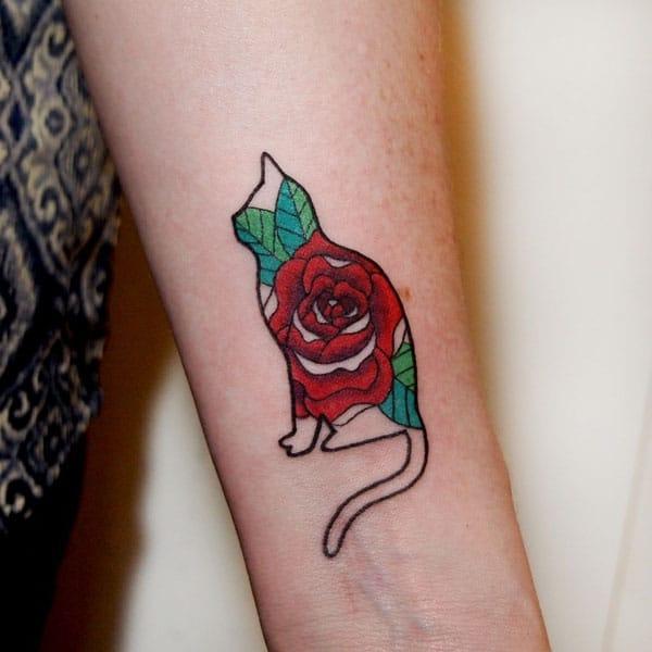 rokas tetovējumi pieauga