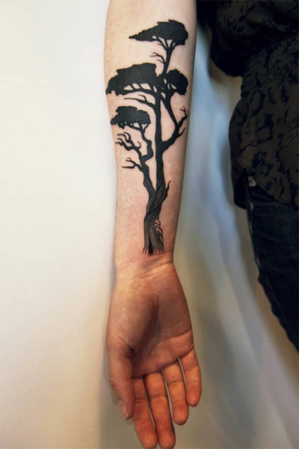 photos de tatouage d'arbre