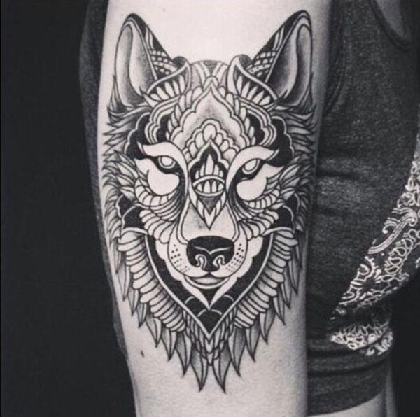 tato desain serigala