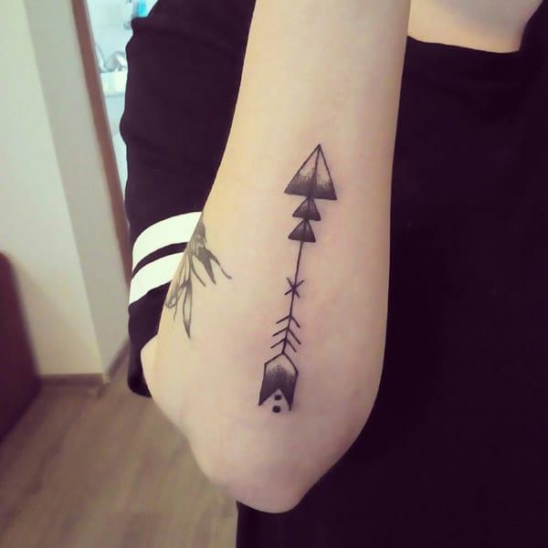 black arrow tattoo