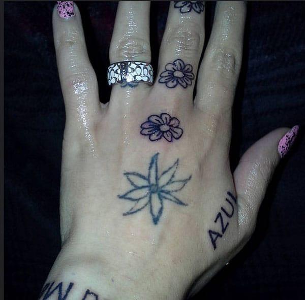 tato tangan untuk anak perempuan