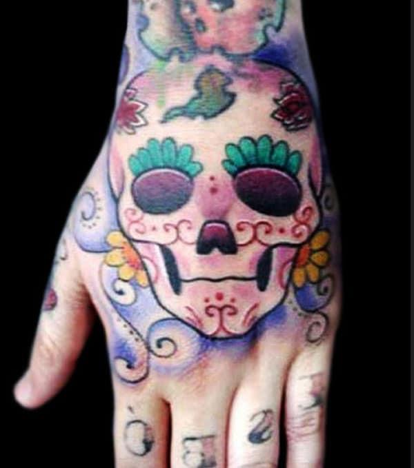 hand tattoos skull