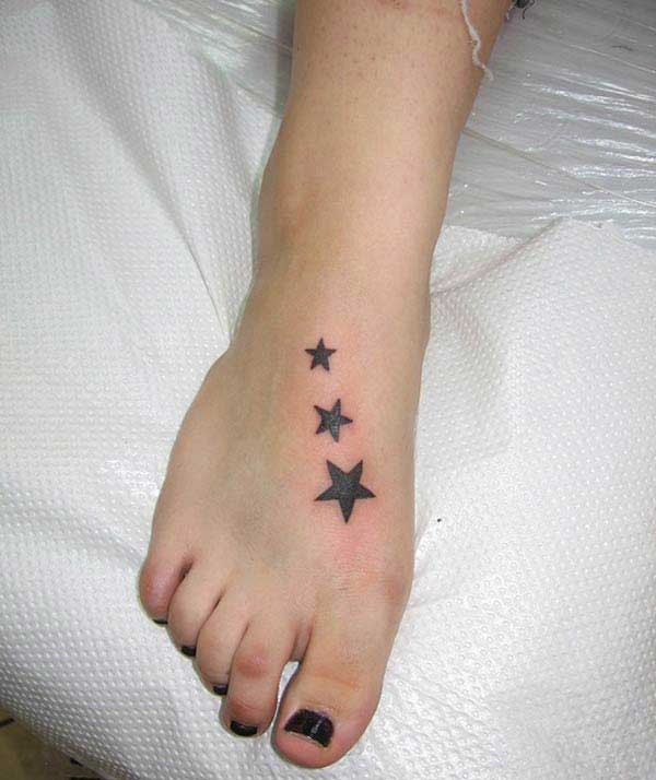 girls star tattoos