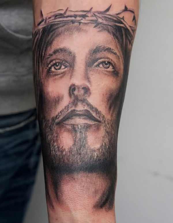 येशू टॅटू डिझाइन