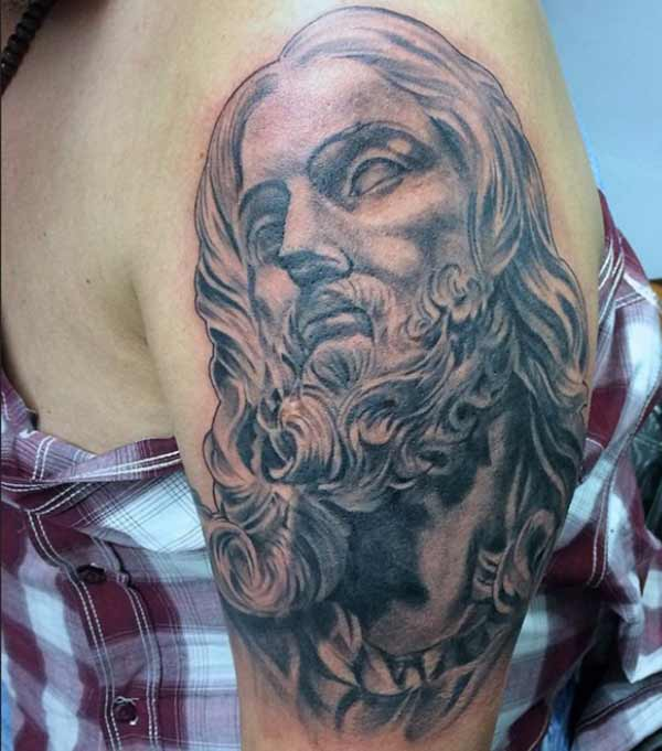 girl jesus tattoos