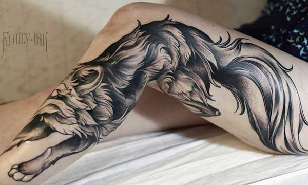 tatouage sur la jambe pour les dames