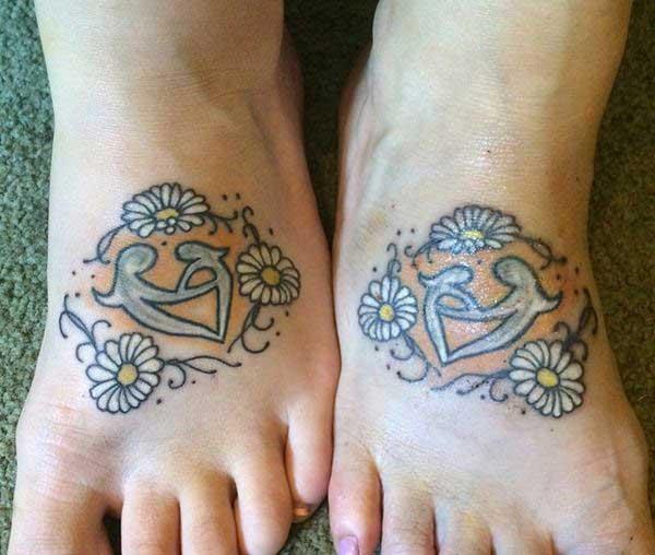 tattoo nga inahan ug anak nga babaye