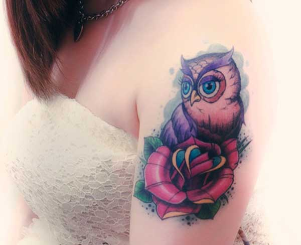 feminine shoulder tattoos