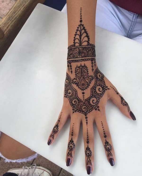 easy henna mehndi tattoo design on hand