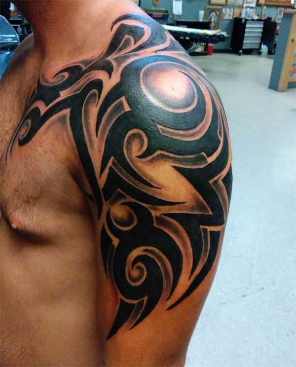 Cool shoulder tribal tattoo design for men
