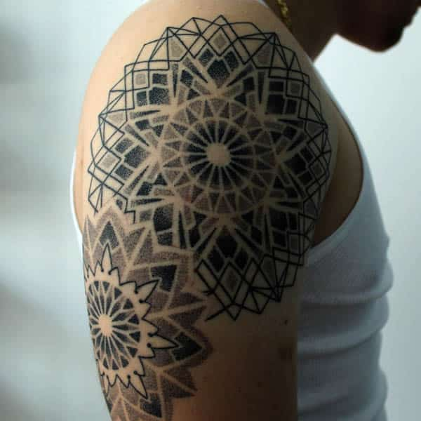 זכר Mandala Tattoo