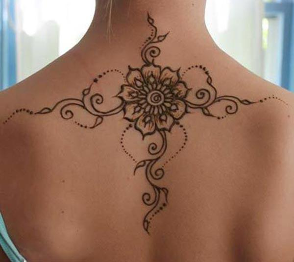 Back Mehndi tattoo designs idea