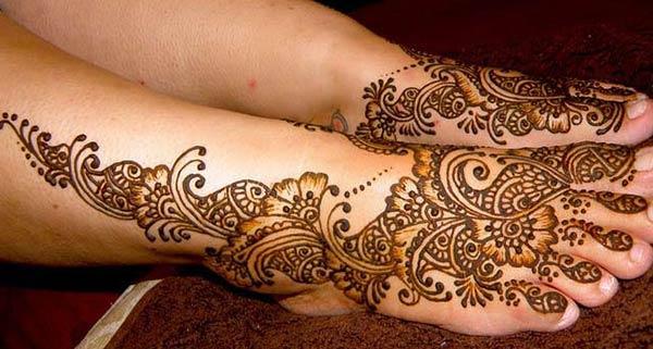Pies Mehndi diseños de tatuajes idea