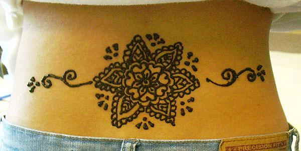 Lower back Henna / Mehndi tattoo designs idea