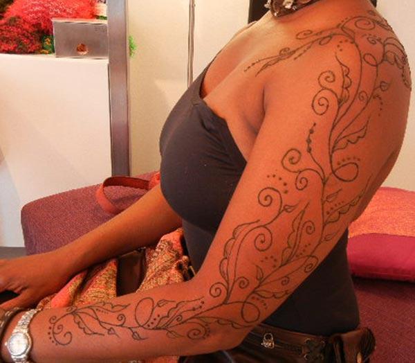 Letsoho la letsoho la Henna / Mehndi tattoo designs maikutlo