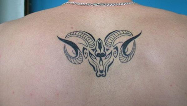 Thượng lưng Aries xăm thiết kế ý tưởng cho nam giới