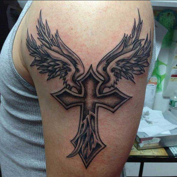 talagsaon nga cross tattoo