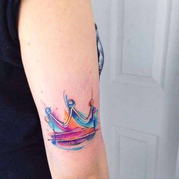 einföld kóróna tattoo
