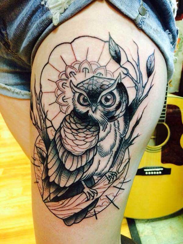 tato burung hantu wanita