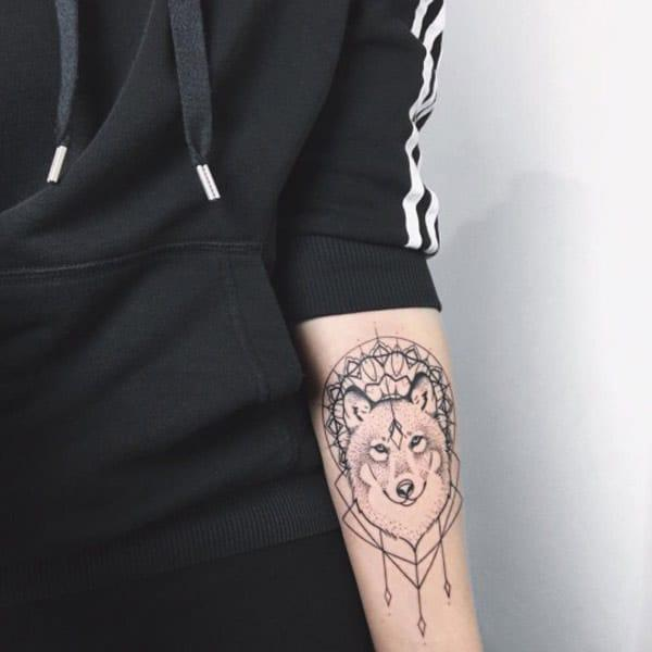 ulv tatoveringer