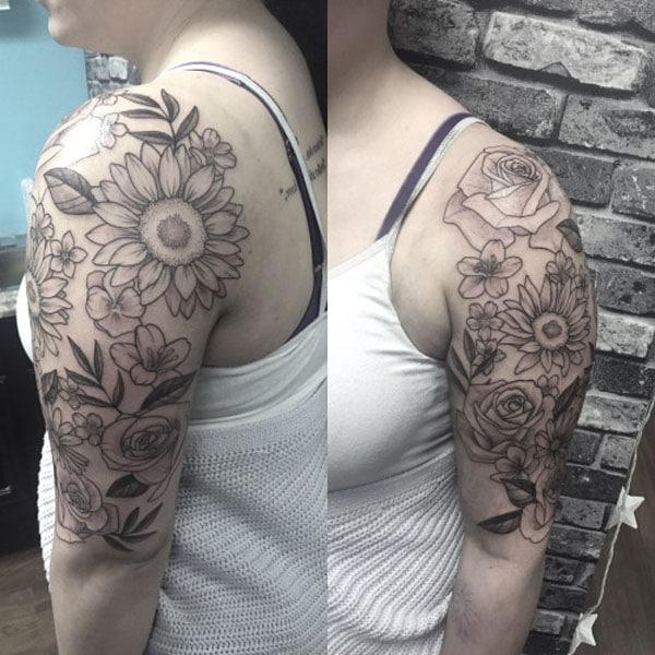 फूलहरु को लागि टैटू महिलाहरु