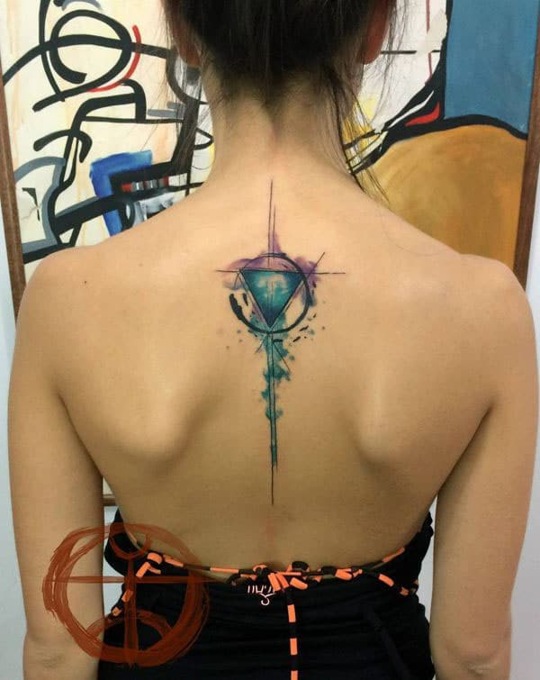 ladies geometric tattoos