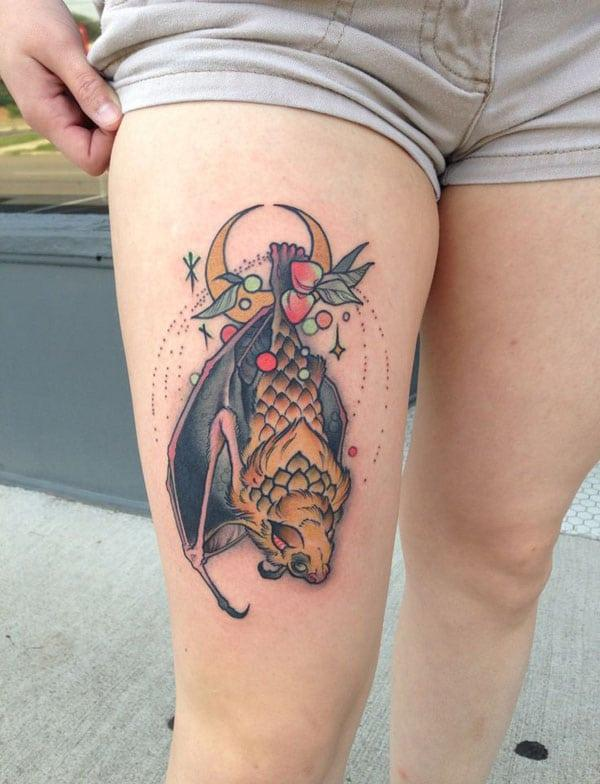 girl tattoos on thigh