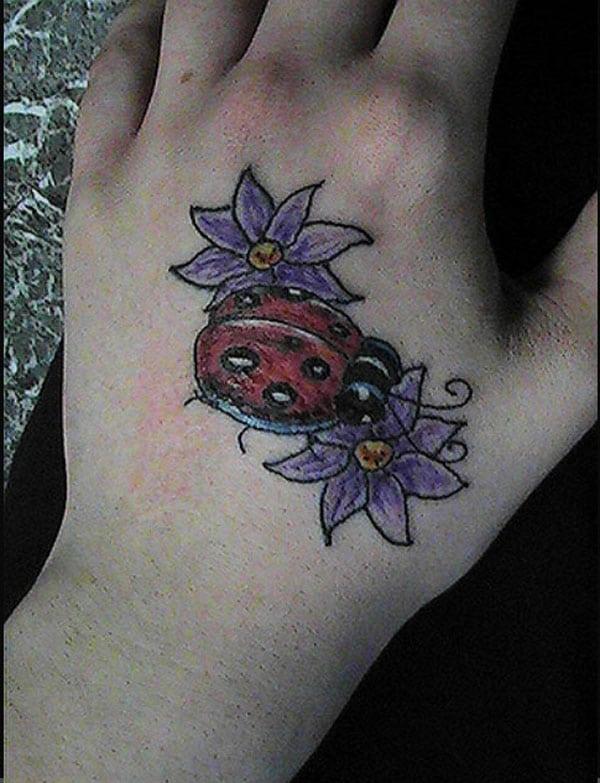 қолмен татуировкалар