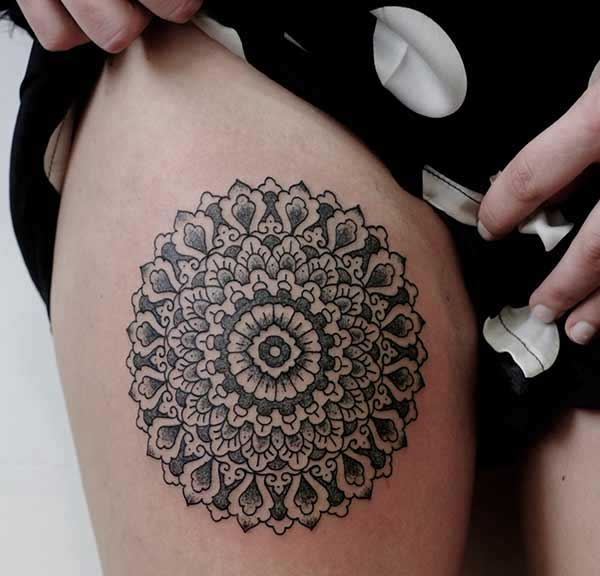 thigh mandala tattoos