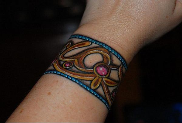 tatuaże na nadgarstki
