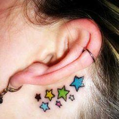 best-behind-the-ear-tattoos-13