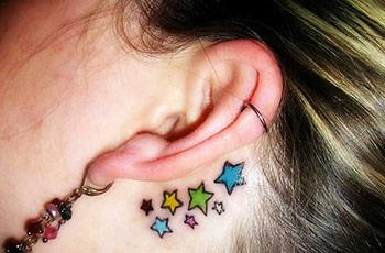 best-behind-the-ear-tattoos-13