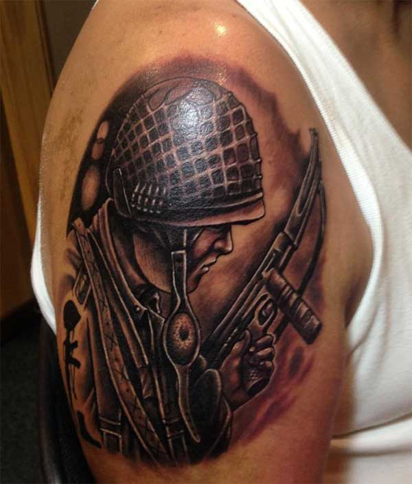 tatuaxes militares para homes