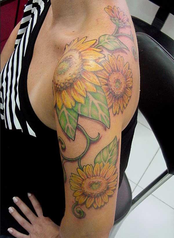 Schulter Sonnenblumetätowierungen