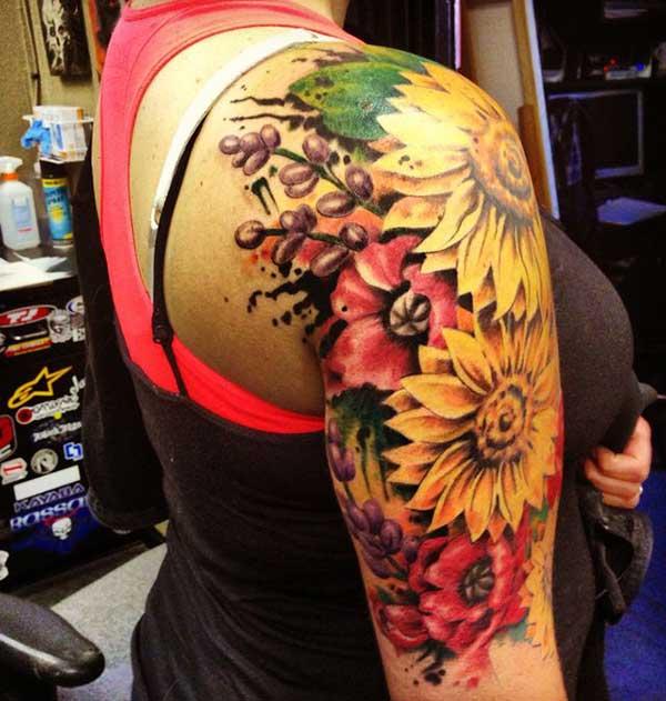 Volle Sonnenblumen-Tattoos