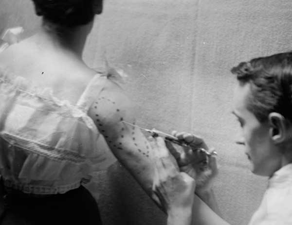 tatouages de lady vintage
