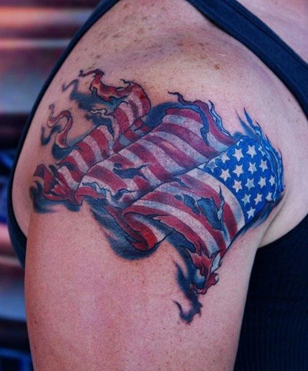 The American Flag Tattoo on the shoulder make a man look hypnotic