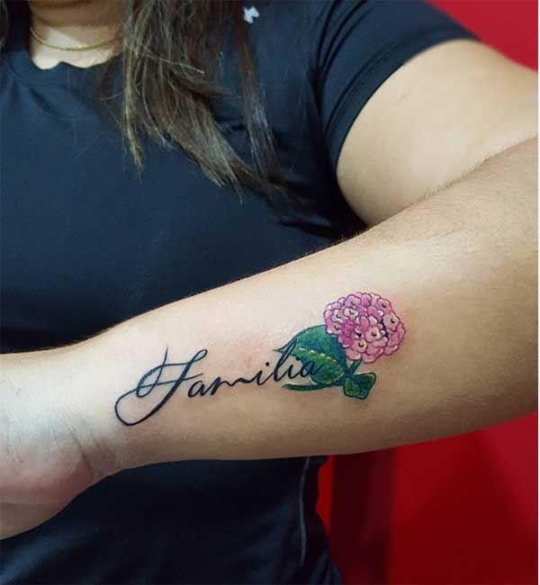 사랑스러운 가족 문신
