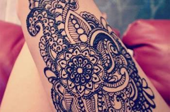 best henna design for thighs
