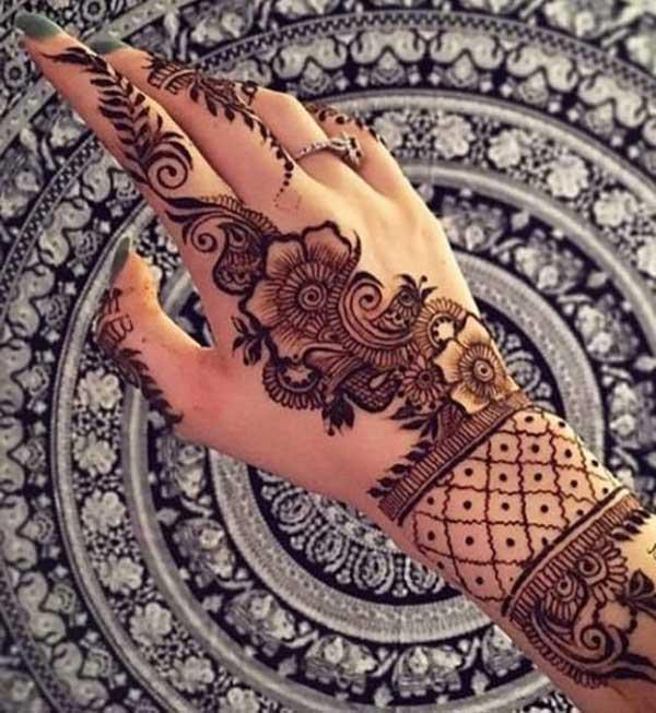 reka bentuk tatu henna mehndi di tangan
