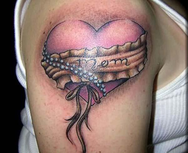 ບ້ານມອມໃນສັນຕິພາບ tattoo ສັນຕິພາບຄວາມຄິດອອກແບບກ່ຽວກັບບ່າ