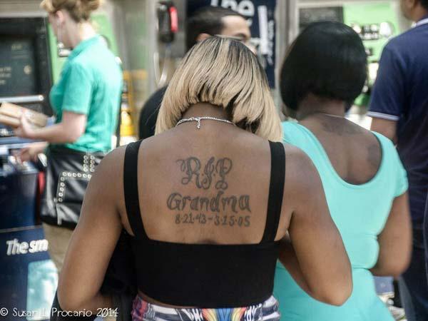 ກັບຄືນໄປບ່ອນ RIP grandma tattoo ink idea