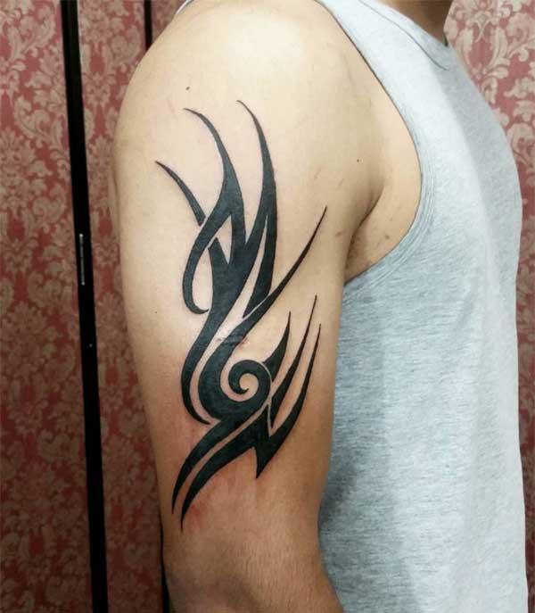Tattoos za kikabila kwa wavulana