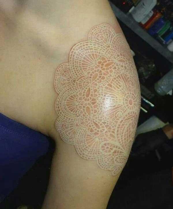 wit meisie tattoos
