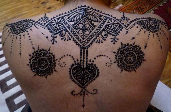 Terug Mehndi tattoo ontwerpe idee