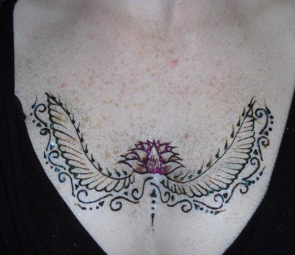 Chest Henna / Mehndi conceptions de tatouage idée