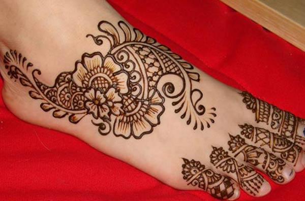 Pieds Mehndi conceptions de tatouage idée